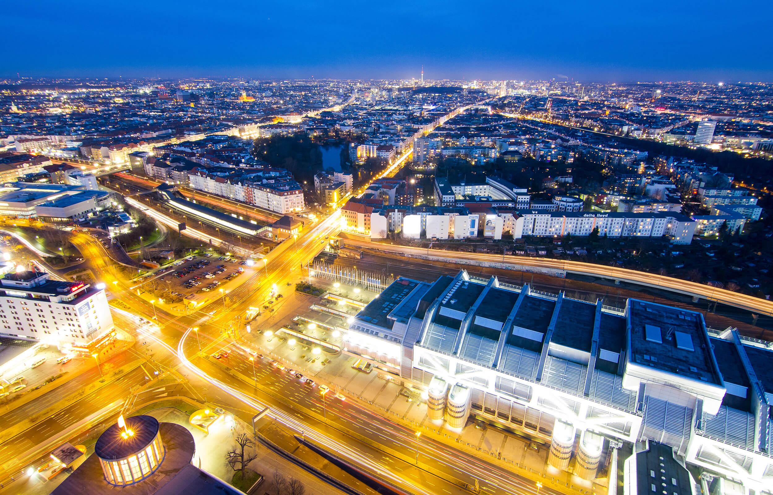 Ausblick vom Funkturm auf die Berliner Messe