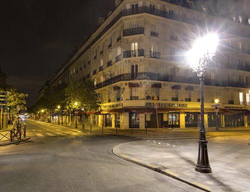 Pariser Straßen am Abend